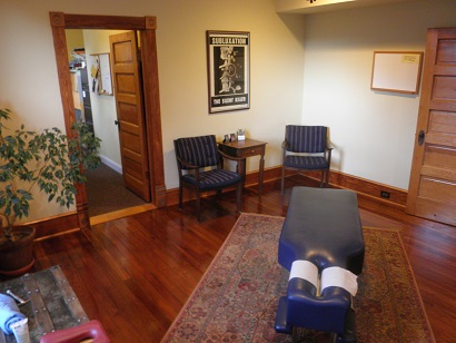 Family Chiropractors – A Traditional Hands-On Chiropractic Office Offering Wellness Care for Children & Adults